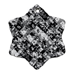 Black And White Patchwork Pattern Snowflake Ornament (two Sides)