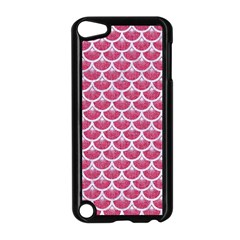 Scales3 White Marble & Pink Denim Apple Ipod Touch 5 Case (black)