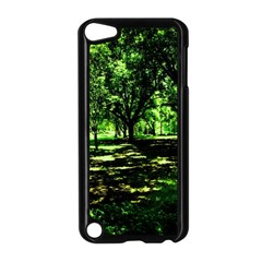 Hot Day In Dallas 26 Apple Ipod Touch 5 Case (black)