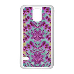 Climbing And Loving Beautiful Flowers Of Fantasy Floral Samsung Galaxy S5 Case (white)