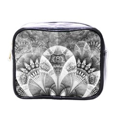 Black And White Fanned Feathers In Halftone Dots Mini Toiletries Bags
