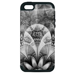 Black And White Fanned Feathers In Halftone Dots Apple Iphone 5 Hardshell Case (pc+silicone)