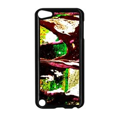 Easter 5 Apple Ipod Touch 5 Case (black)