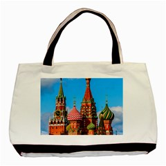Moscow Kremlin And St  Basil Cathedral Basic Tote Bag