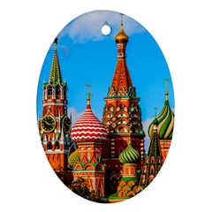 Moscow Kremlin And St  Basil Cathedral Oval Ornament (two Sides)
