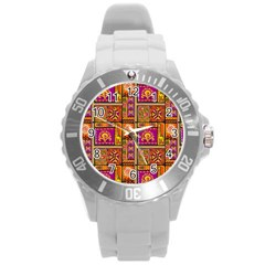 Traditional Africa Border Wallpaper Pattern Colored 3 Round Plastic Sport Watch (l)