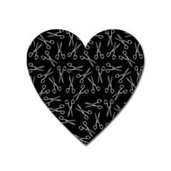 Scissors Pattern Heart Magnet