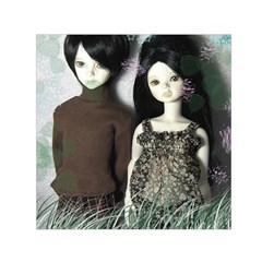 Dolls In The Grass Small Satin Scarf (square)