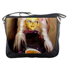Eating Lunch Messenger Bag