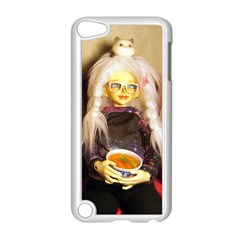 Eating Lunch Apple Ipod Touch 5 Case (white)