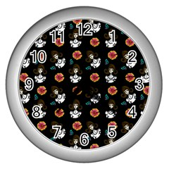 Girl With Dress Black Wall Clock (silver)