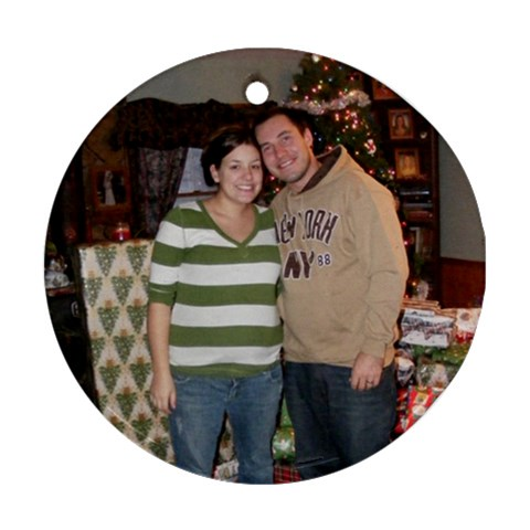 Matt And Dezi By Marcia Ray   Ornament (round)   Y3kiq1jcvim8   Www Artscow Com Front