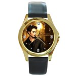 42 Round Gold Metal Watch