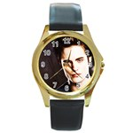 18 Round Gold Metal Watch