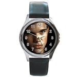 29 Round Metal Watch