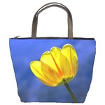 tulip on blue - Bucket Bag