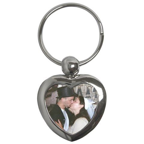 Honeymoon Pic By Cathy   Key Chain (heart)   R74mzhupjdev   Www Artscow Com Front