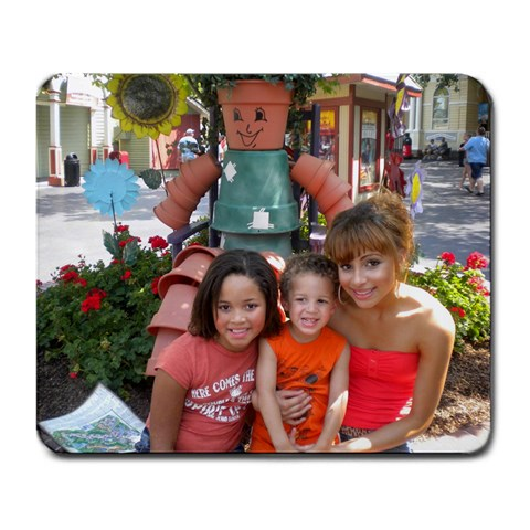 3 Kids In Orange  Dollywood 2010 By Heather Mangrum Brown   Large Mousepad   Hhzq0vgxqcpo   Www Artscow Com Front
