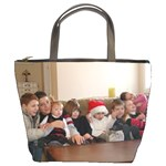 all her grandchildren - Bucket Bag