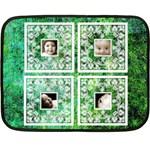 Green Baby Lace mini fleece - Mini Fleece Blanket