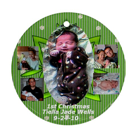 Green By Sue Wells   Ornament (round)   Pvr3lpe1ihad   Www Artscow Com Front