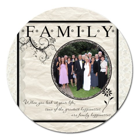 Family 5  Magnet By Lil    Magnet 5  (round)   Meuydimm7opf   Www Artscow Com Front