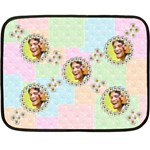 scattered daisys Pastel Patchwork mini fleece - Fleece Blanket (Mini)