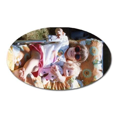 Lia Kid Oval By Sjinks Gmail Com   Magnet (oval)   Ybwlxalwydam   Www Artscow Com Front