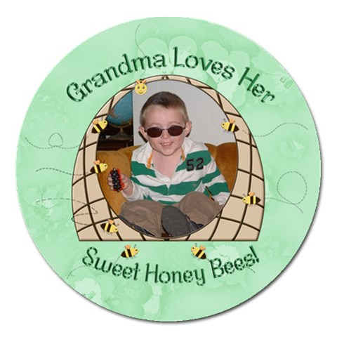 Grandma Loves Her Sweet Honey Bees Magnet 5 Round By Chere s Creations   Magnet 5  (round)   Xfextarnf8fq   Www Artscow Com Front