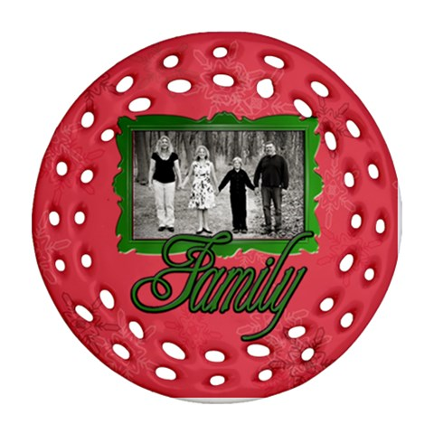 Family Red Green Ornament By Patricia W   Ornament (round Filigree)   Ezjkim6zf7si   Www Artscow Com Front