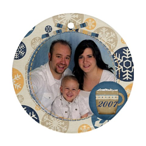 Family 2007 By Nicole Thompson   Ornament (round)   Stlnt6ebyhnk   Www Artscow Com Front