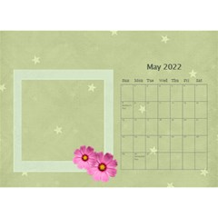 Flower World By Joely   Desktop Calendar 8 5  X 6    Tg55ihqdwsyh   Www Artscow Com May 2015