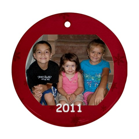 Z & S & Jillian Ornament 2011 By Janet Andreasen   Ornament (round)   Rj9nc6pn0riy   Www Artscow Com Front