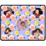 Rose medium blanket - Fleece Blanket (Medium)