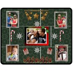 Christmas Memories Medium Fleece Blanket - Fleece Blanket (Medium)
