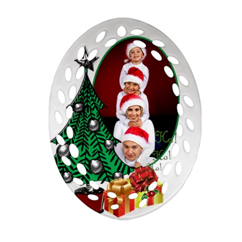 Christmas Filigree Ornament By Deborah   Ornament (oval Filigree)   Vgoku3kxdela   Www Artscow Com Front
