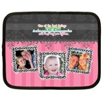 Hug the one you love. - Netbook Case (XXL)